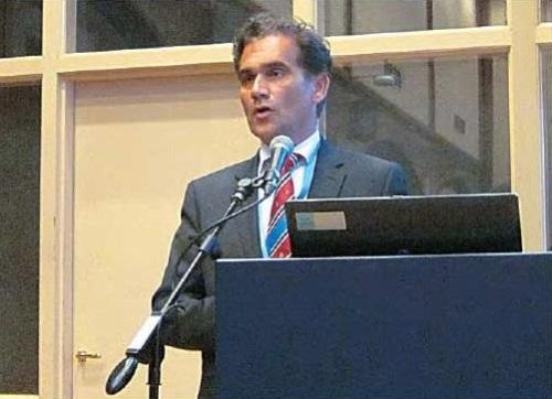 Prof.dr. Richard van Hillegersberg DICA